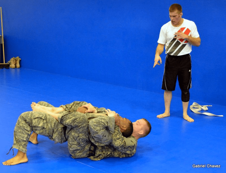 brian teaching military grappling techniques